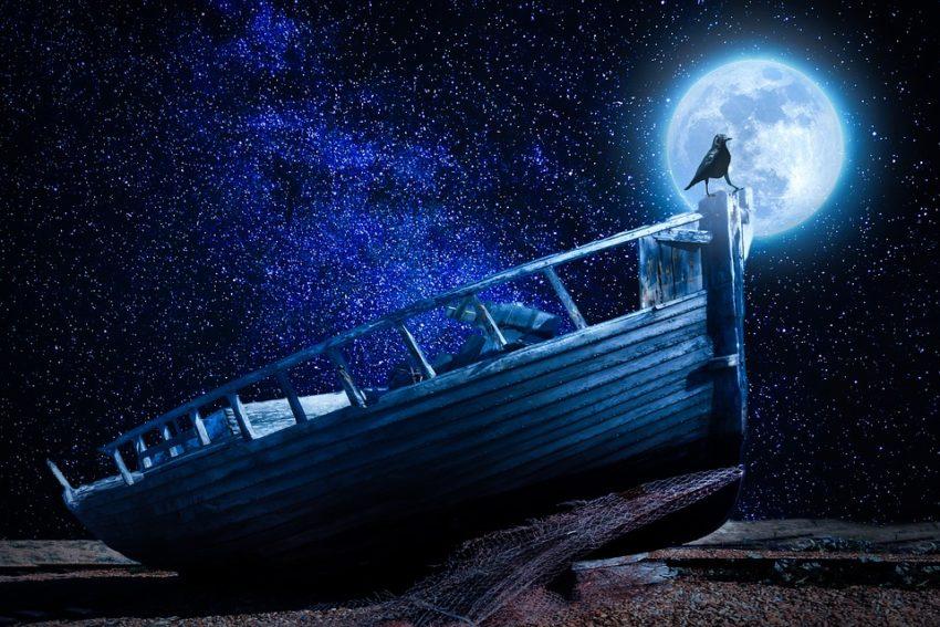 moonlight-2853073_960_720